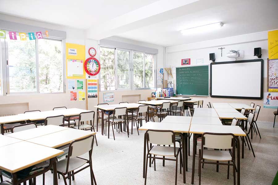 Instalaciones - Aula de primaria Colegio Mater