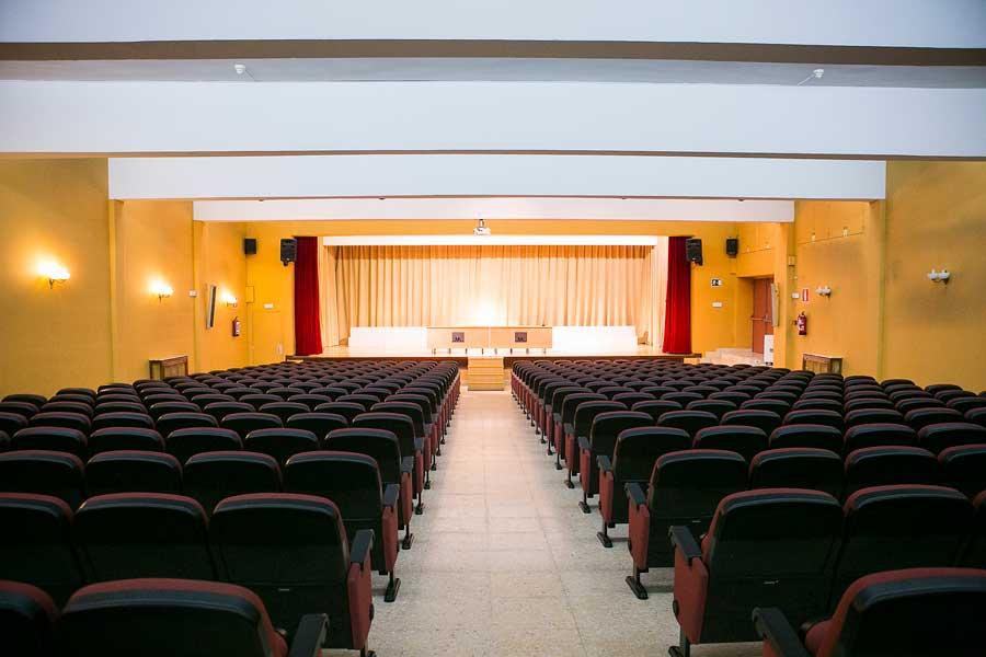 Instalaciones - Salón de actos Colegio Mater